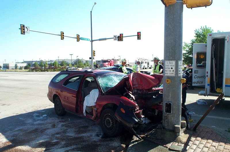 2000-car-vs-pole 287 and arapahoe