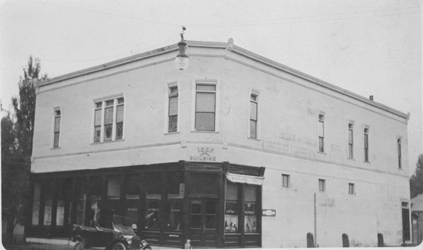 W. H. Frantz store and I.O.O.F. Lodge building
