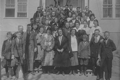 Lafayette high school class, 1916 or 1917.