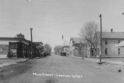 Main Street, looking west