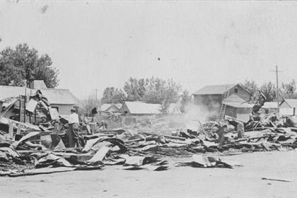 The ruins of the W. H. Frantz store after the 1914 fire