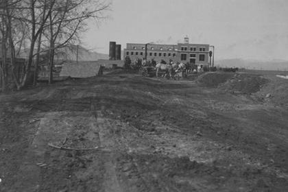 Lafayette electric power plant under construction in 1906