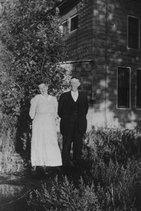 Daniel Jones and his sister, Mary Jane Jones Moon