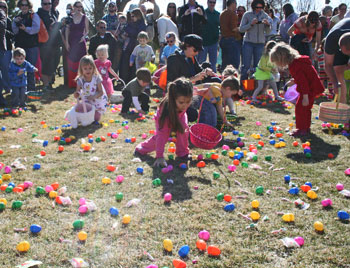Easter Egg Hunt Waneka Lake